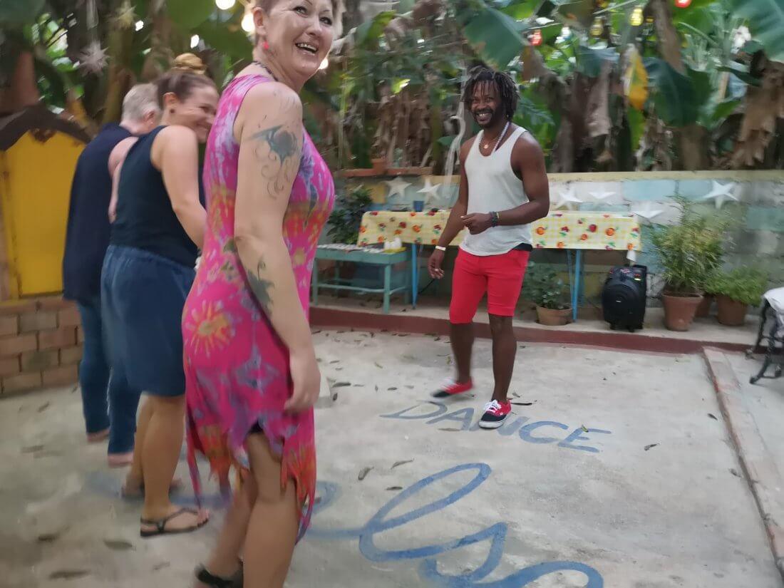 Dansekurs i Casa de Norge på Cuba