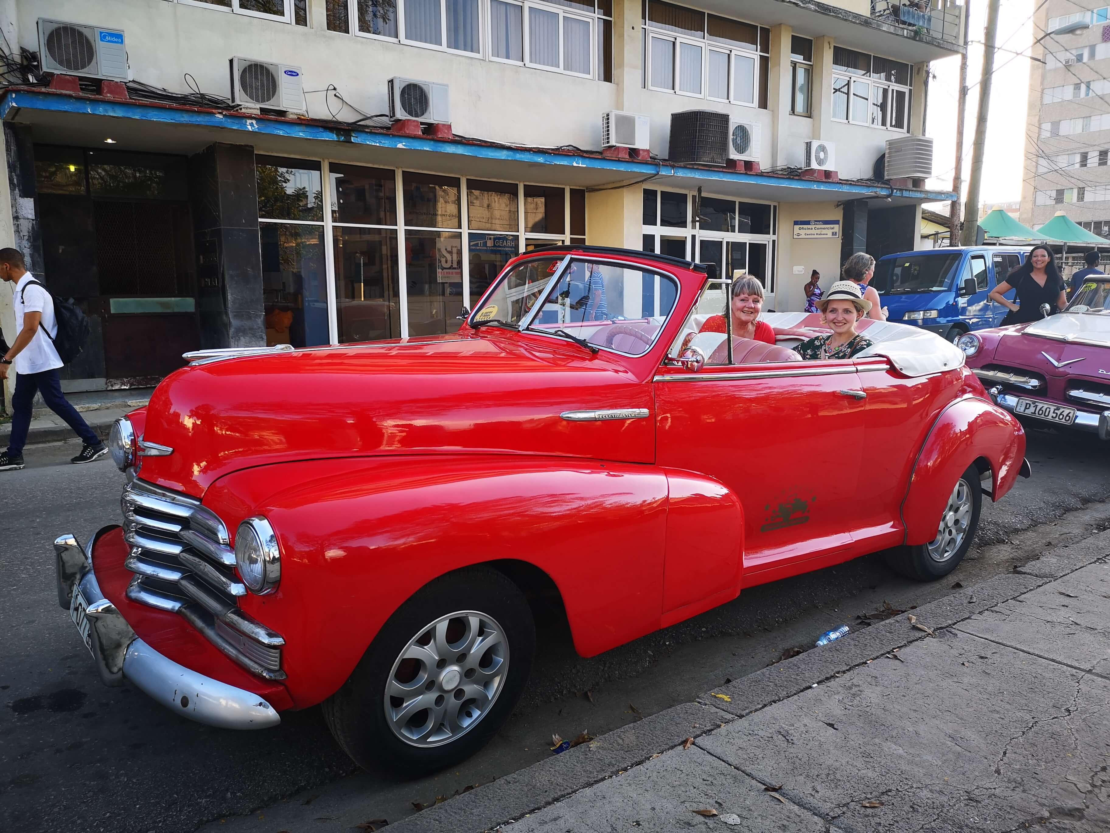 Kjøretur i cabriolet i Havanna