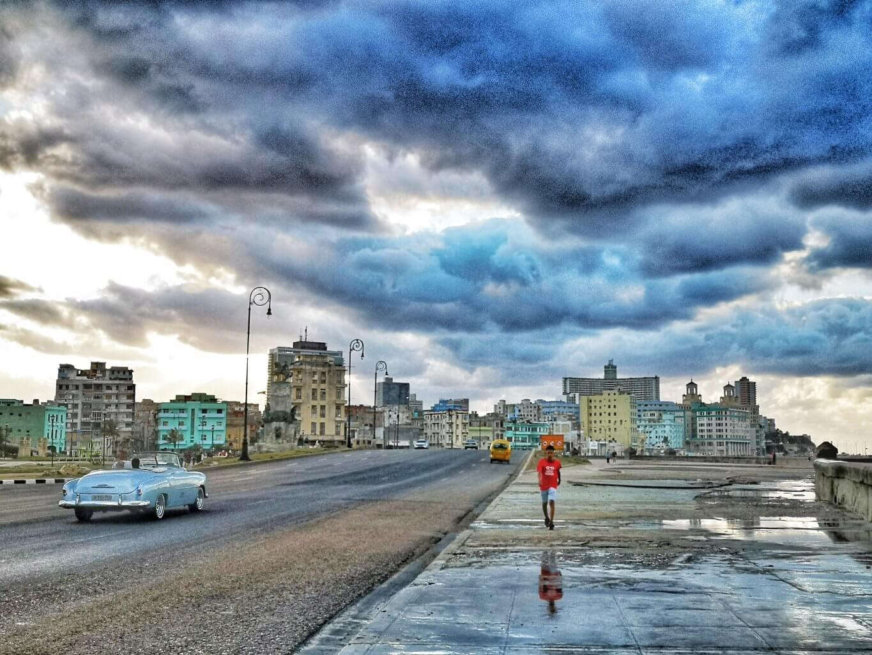 Malcon med skyer. Fantastiske Havanna